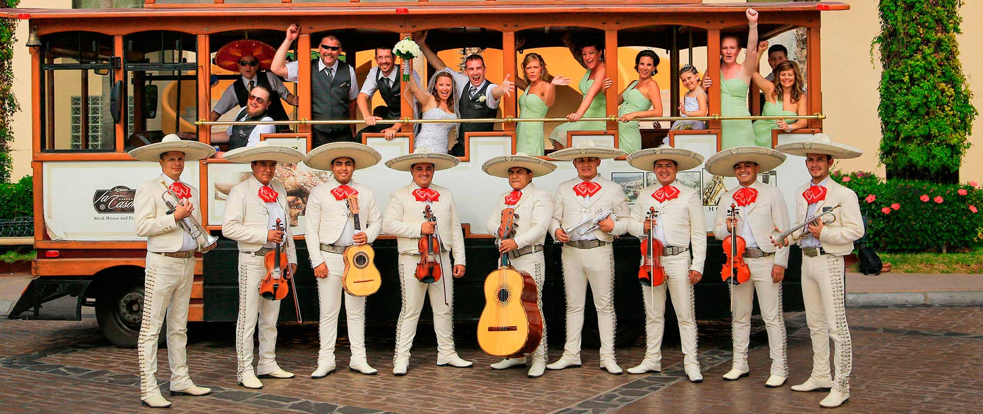 Mariachi for weddings in los cabos
